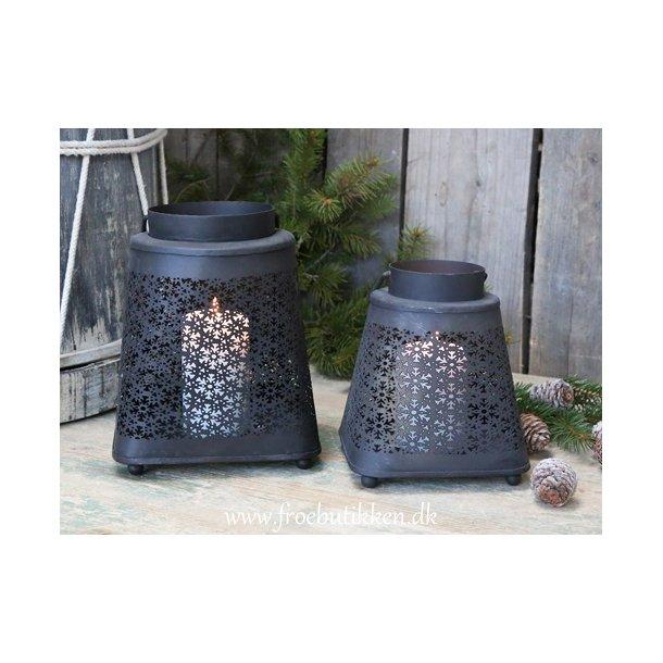 Lanterne med hulmønster. Large
